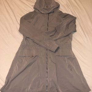 Lululemon pack and glide jacket